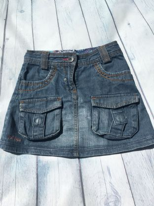 FatFace denim skirt with pockets age 6-7
